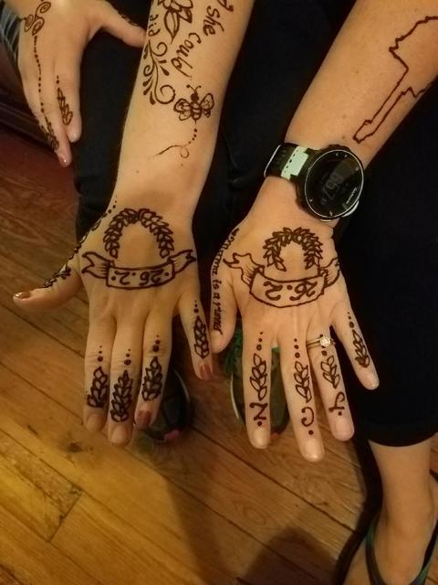 matching henna